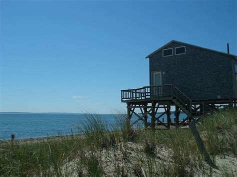 Places To Stay On The Beach In Cape Cod - cape cod lodging places to stay for every vacation style and budget