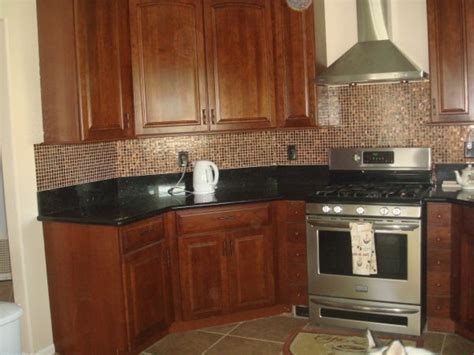 kitchen backsplash ideas with black granite countertops backsplash ideas for black granite countertops cherry
