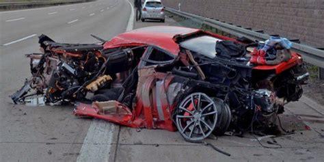 imagenes impactantes de accidentes laborales accidente de un ferrari a 289 km h en el que los ocupantes