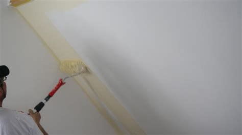 dachschräge streichen wande streichen tipps farbe speyeder net verschiedene