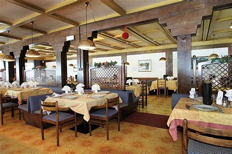 cucina tipica trentino alto adige cucina tipica con delicatezza union hotels canazei