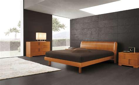 Incroyable Commode Chambre Adulte Design #3: chambre-moderne-lit-bas-bois-massif-commode-panneaux-d%C3%A9coratifs.jpg
