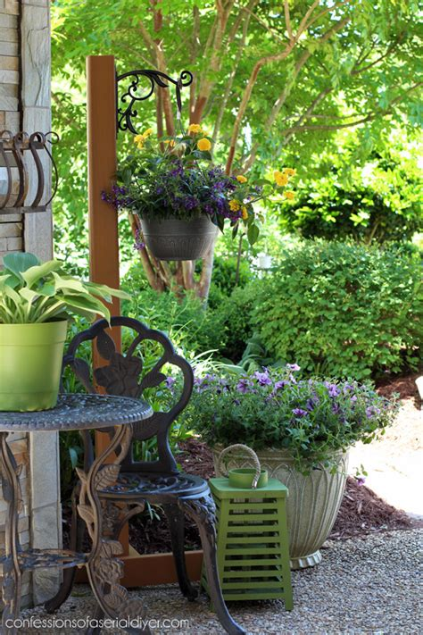 Standing Plant Medium diy standing outdoor plant hanger confessions of a