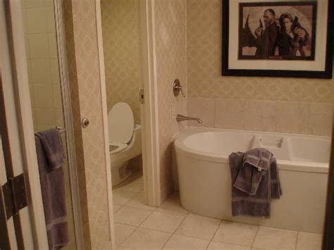 planet hollywood bathroom boulevard suite picture of planet hollywood resort
