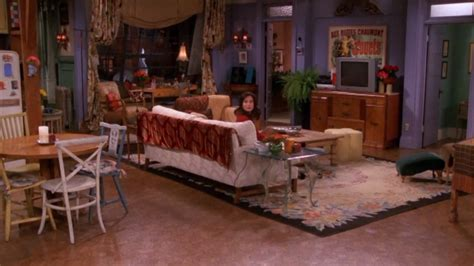 friends apartment 17 awesome ways to recreate monica s apartment