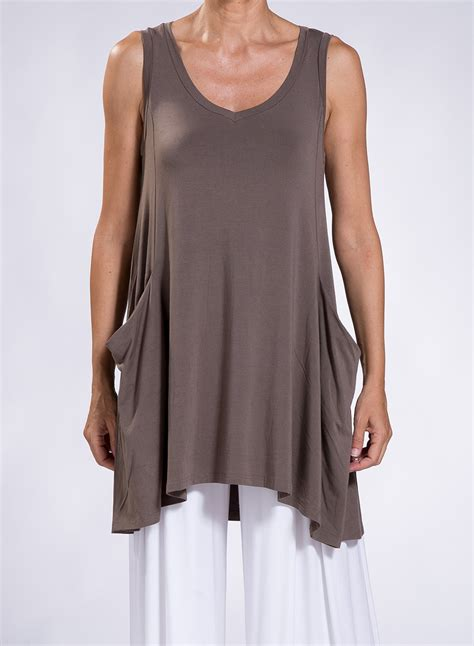 Blouse Asymmetric blouse asymmetric pockets sleeveless elastic