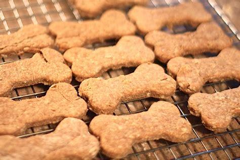 Ricette Biscotti Fatti In Casa by Biscotti Per Cani Fatti In Casa Ricetta Facilissima