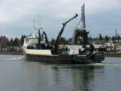 defender fishing boat alaska alaskan defender global seas