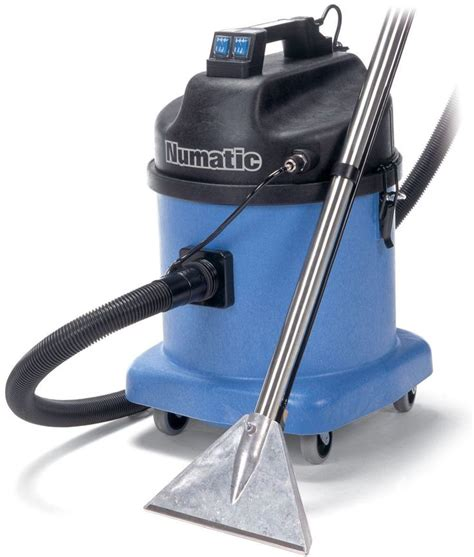 Best Upholstery Cleaner Machine by 17 Best Images About Vacuum Cleaners And Machines On