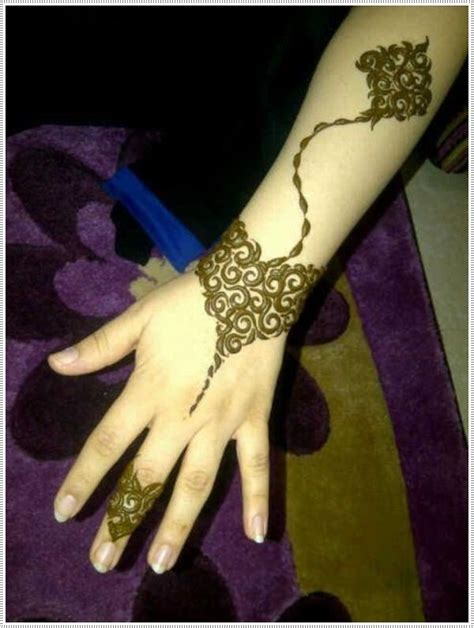 how is a henna tattoo done 70 of the most original henna designs for the year