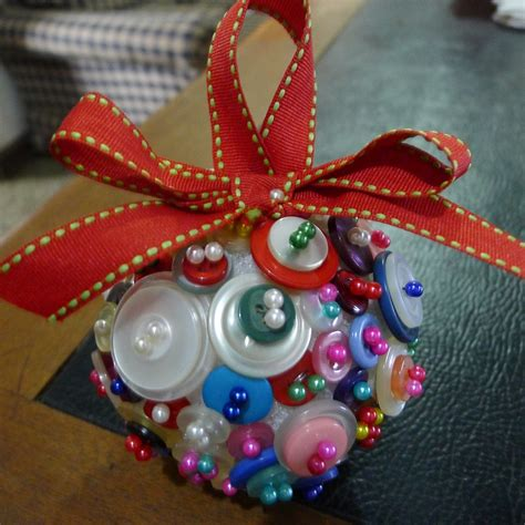 mrs johninghana diy christmas gifts button ornament