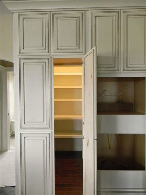 kitchen cabinet inserts best 25 walk in pantry ideas on pinterest hidden pantry