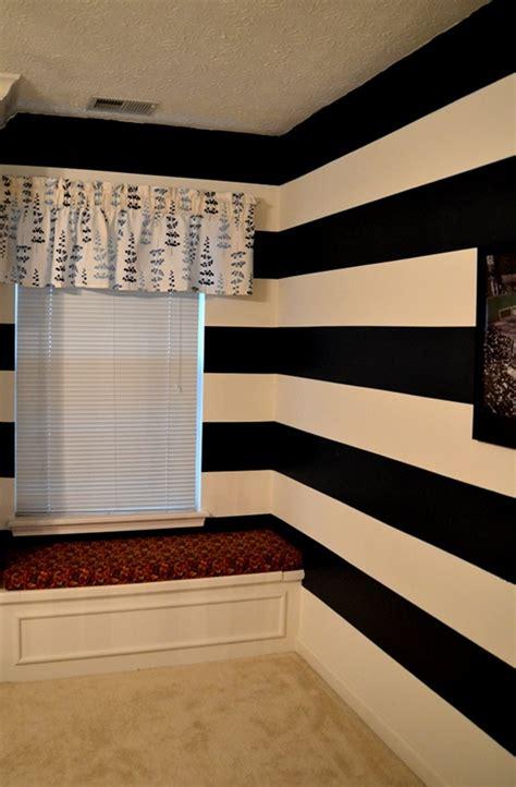 blue striped walls 25 best ideas about blue striped walls on pinterest