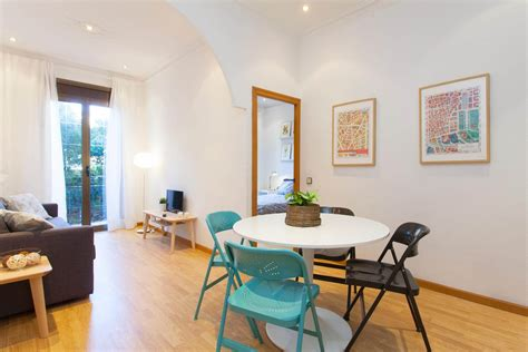 pisos alquiler barcelona clot shbarcelona alquiler piso amueblado con balc 243 n el clot