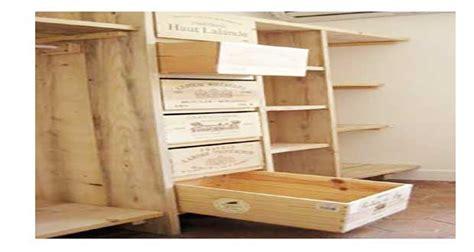 Impressionnant Meuble Exterieur En Palette #4: diy-deco-pour-realiser-un-dressing-avec-des-caisses-en-bois.jpg