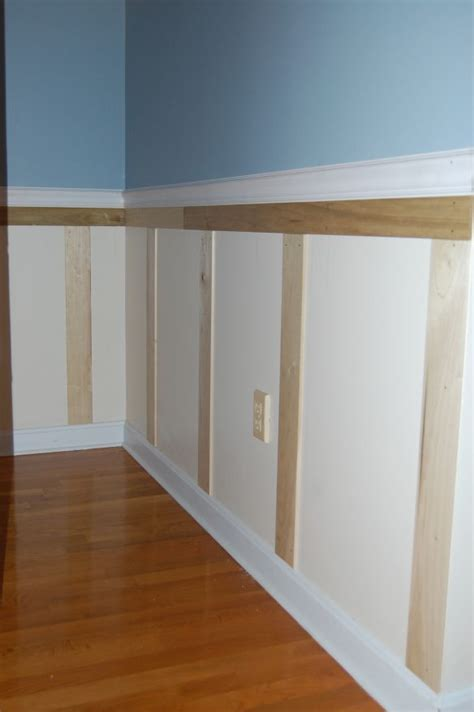 Easy Wainscoting Diy by 1000 Ideas About Wainscoting Bedroom On