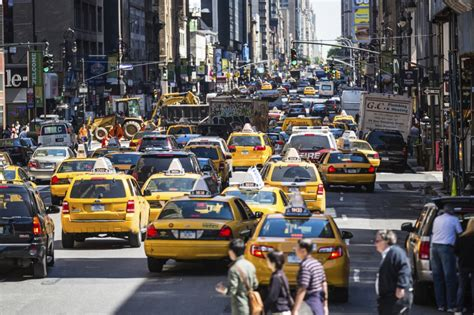 Connected Car Technology Nyc New York Driving Towards Crash Free Traffic Future
