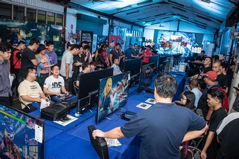 streamlined studio street fighter v officially launched in malaysia at midnight