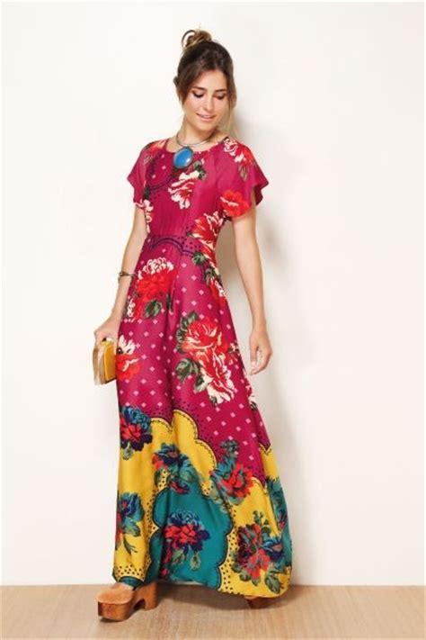 modelos maravilhosos de vestidos estampados