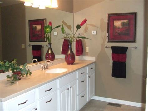 Inexpensive Bathroom Decorating Ideas Interior And Bedroom Bathroom Towels Decoration Ideas