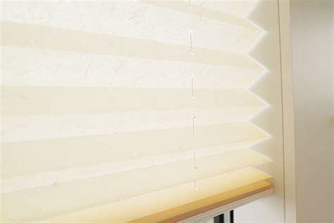 Plissee Decke by Plissees An Wand Oder Decke Mit Schrauben Befestigen