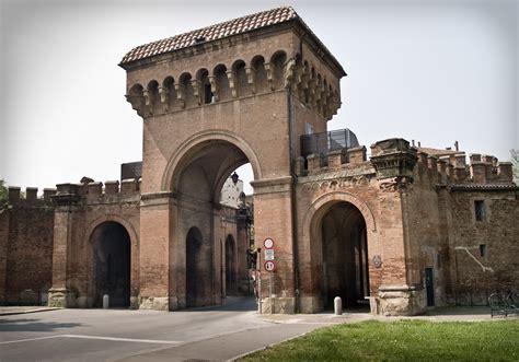 porta saragozza file bologna porta saragozza 1 of 1 jpg wikimedia