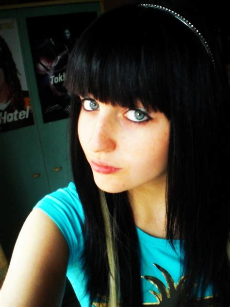 emo hairstyles for 13 year olds emo hairstyles for girls get an edgy hairstyle to stand
