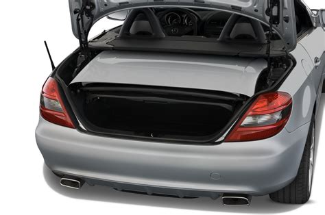 hayes auto repair manual 2011 mercedes benz slk class head up display service manual hayes car manuals 2011 mercedes benz slk class instrument cluster service