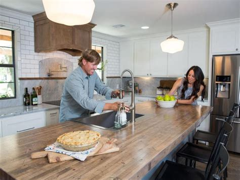 chip gaines of fixer upper on his new book capital chip gaines reveals his biggest nightmare on fixer upper