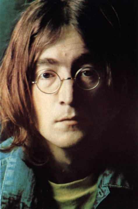 Ryan's Blog: A John Lennon Tribute