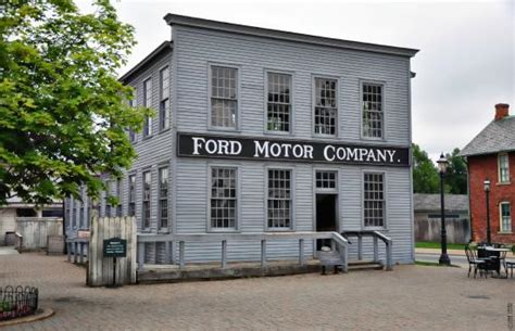 the original ford motor company picture of the henry