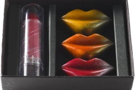 tutorial bibir dan lipstik cokelat berbentuk lipstik seperti apa republika online