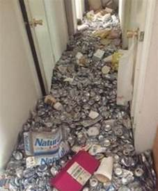 Trash Cans For Kitchen Cabinets by Texas Home Filled With Empty Beer Cans Becomes Most Viewed