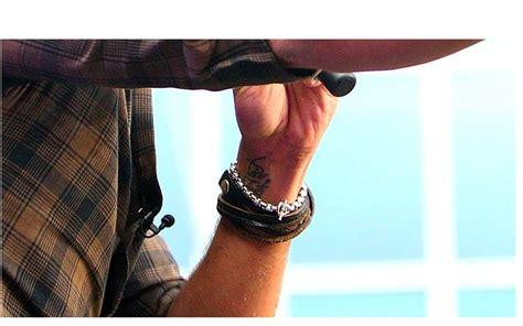 luke bryan tattoo luke bryan s wrist bo tate luke bryan
