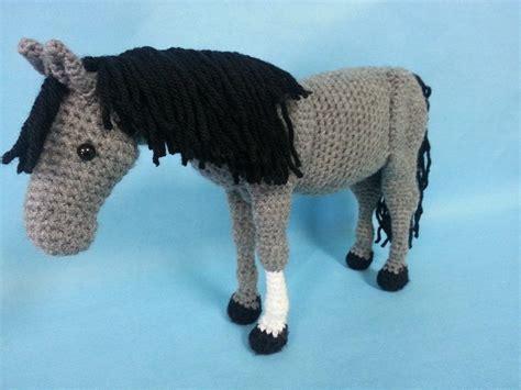 amigurumi horse realistic amigurumi crochet pattern by