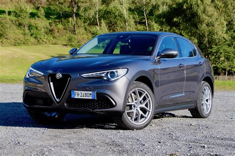 2018 alfa romeo stelvio 2018 alfa romeo stelvio drive review autoguide