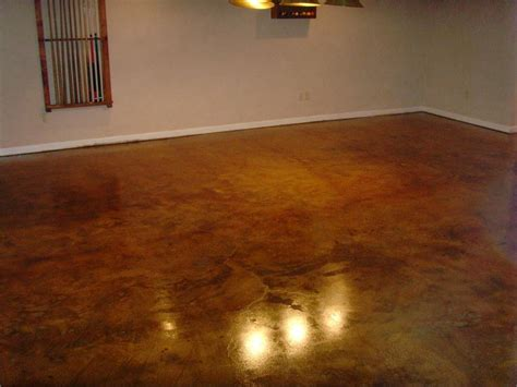 high gloss finish coat for concrete floors coated with