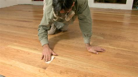 How To Place Wood Flooring by Installing Hardwood Flooring Buildipedia