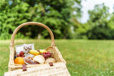 der perfekte picknickkorb weekendtipp rauf auf den gurten der perfekte tagesausflug