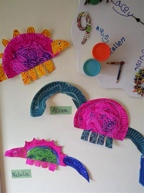 Crafts With Only Paper - preschool dinosaur craft with paper plates link to the