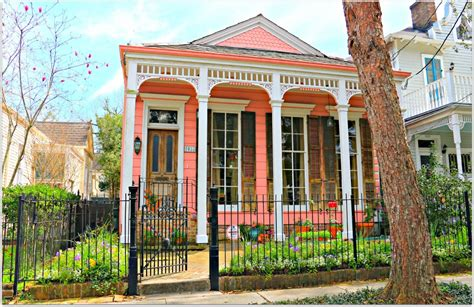 new orleans colorful houses new orleans homes and neighborhoods 187 never a shortage of