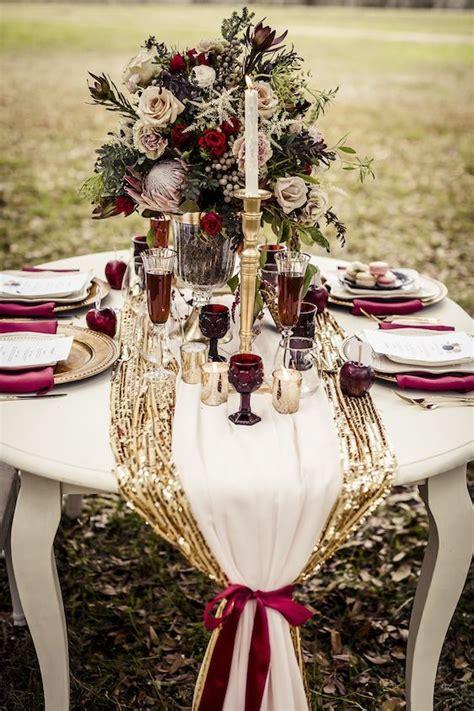 romantic burgundy  rose gold fall wedding ideas
