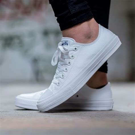 Sepatu Wanita Converse Lunarlon Low 2 converse nwt converse chuck ii 2 low top white lunarlon from s closet on poshmark