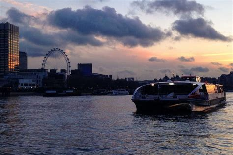 thames clipper drinks london news roundup commuters rescued from broken thames