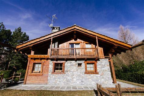 in vendita in valle d aosta ville di lusso in vendita in valle d aosta vall 233 e d aoste