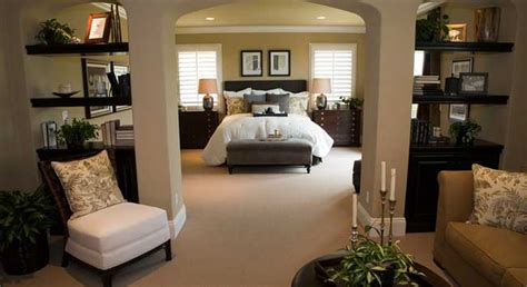 what is the size of a master bedroom what is a good size for your retreat the master bedroom