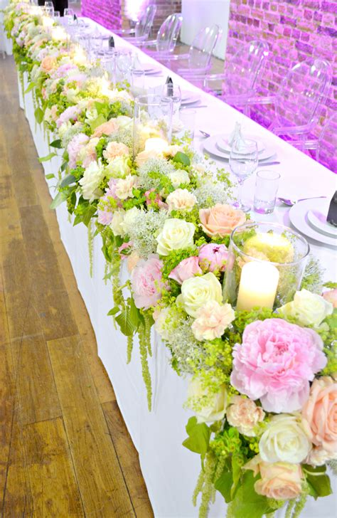 table flower vinopolis london wedding cake and flowers ch 233 rie kelly
