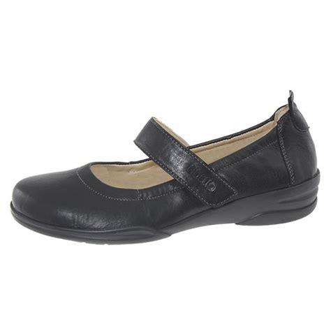 most comfortable shoe brands for men 25 best high heels for men ideas on pinterest heels for