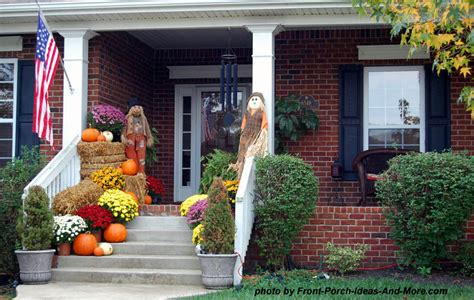 front yard fall decorating ideas 10 curb appealing autumn decorating ideas for your porch