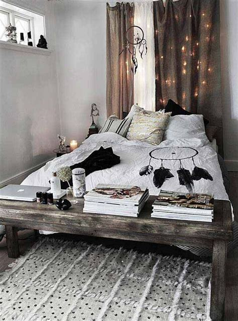 how to decorate a bohemian bedroom best 25 bohemian bedroom decor ideas on pinterest